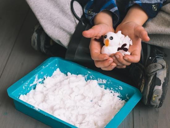 instant-sensory-snow-kiwi-crate-kids-DIY