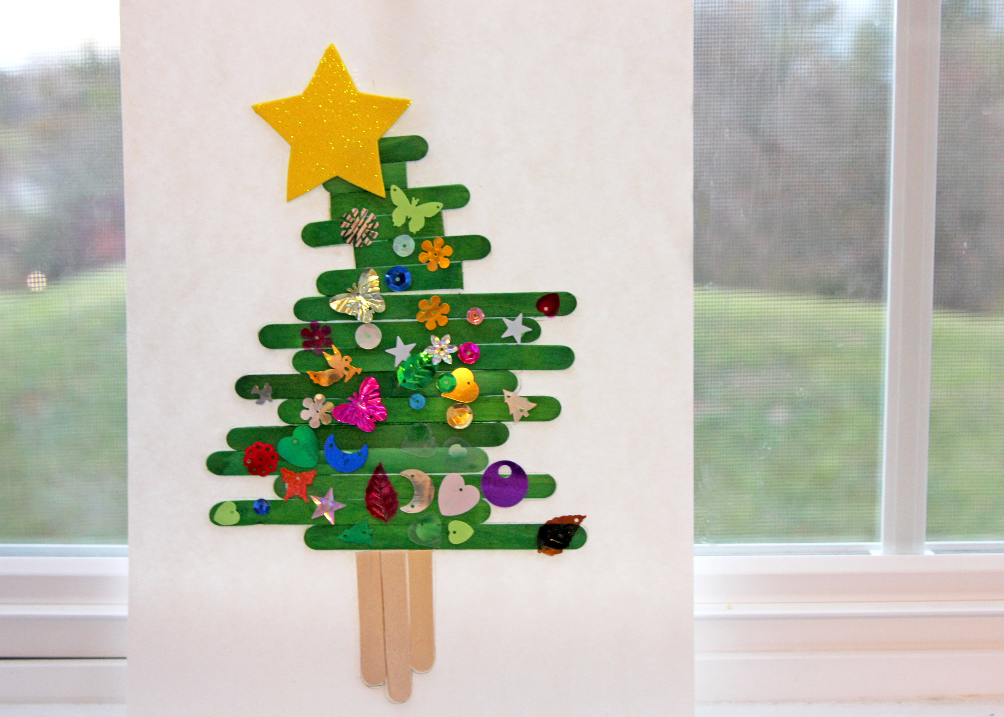 Popsicle stick christmas tree for Christmas projects with popsicle sticks