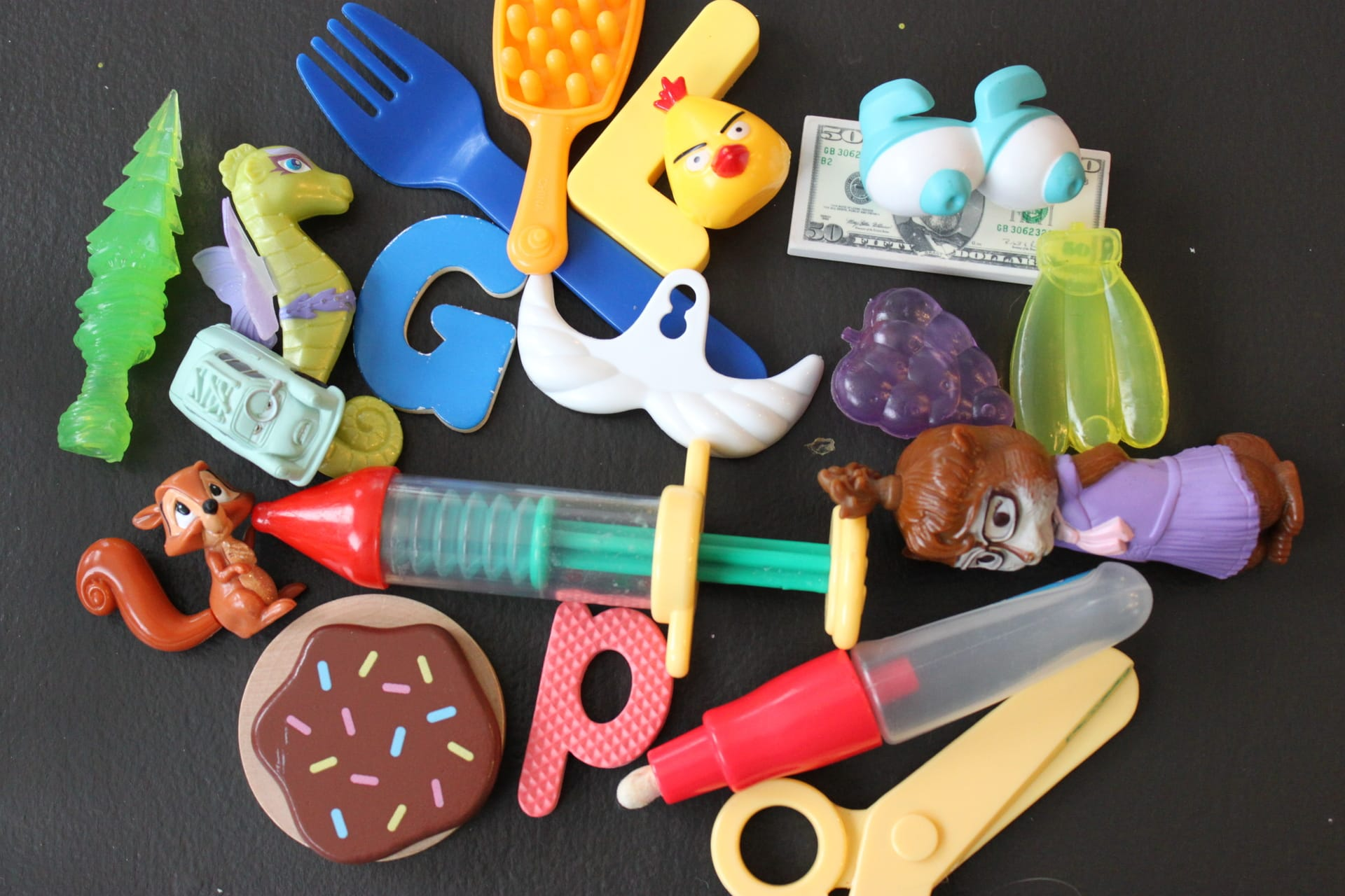 small objects or toys