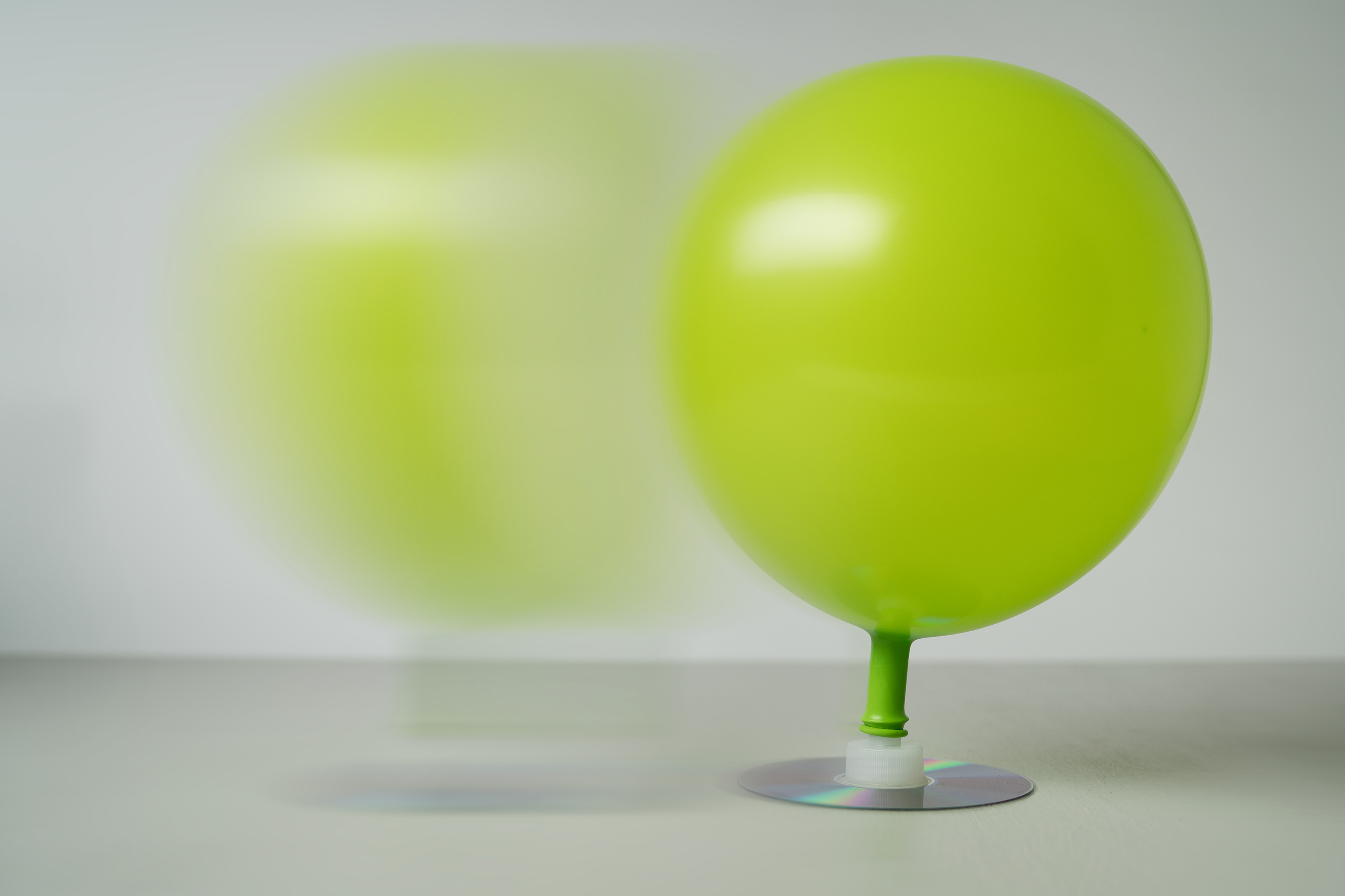 Balloon hovercraft for Diy balloon projects
