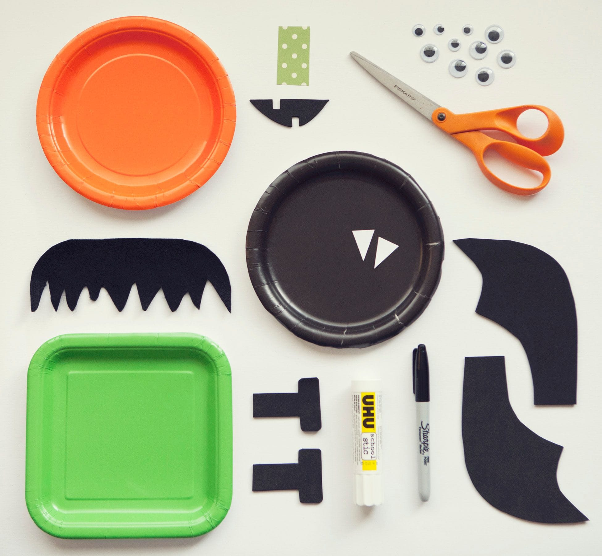 Paper Plate Halloween Crafts by KiwiCo | Get STEAM & STEM Projects